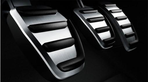 Volvo V40 Cross Country Sportpedale R-Design Handschaltung