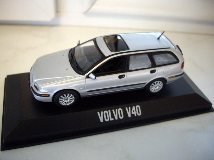 Modellauto Volvo V40 I Silber Metallic 1:43