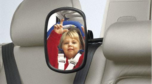 Volvo Spiegel Fond (Blickrichtung Kindersitz)
